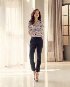 Actress Lee Bo Young posed for fashion brand 'Daniel Hechter' featuring their all new 2017 Spring/Summer Collection.  She looked stunning even in the B-Cuts.   The actress set a natural mood with the concept of 'The Perfect Moment in Life' as Lee Bo Young presented an everyday lifestyle appeal wearing a plaid printed skirt to looking chic in high heels and knitted shirt.