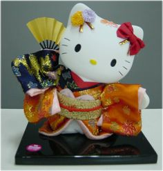 Hello Kitty in kimono doll