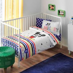 Organic Baby Bedding Set Bio- Mickey Sketch Baby Produced from organic cotton fiber. Baby Duvet, Baby Bedding Sets, Nursery Bedding, Disney Baby Nurseries, Baby Boy Nurseries, Mickey Mouse Sketch, Baby Bedroom, Quilt Cover, Baby Disney
