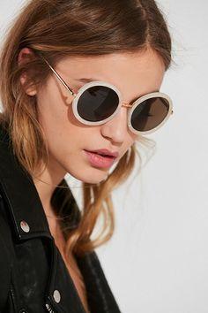 917f6c5a83 Slide View  1  Liv Oversized Round Sunglasses Oversized Round Sunglasses