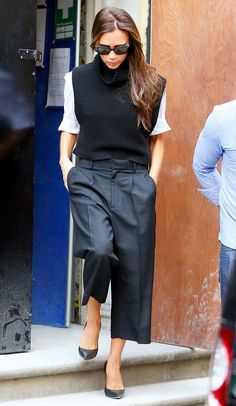 Vicks looking fab in NYC. #VictoriaBeckham