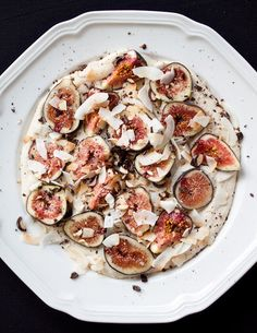 Raw Recipe Dessert:Fresh figs with Cashew Cream..  well I love raw figs and cashew cream so I guess I have to try this