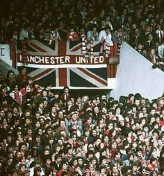 Bobby Charlton, Live Matches, Happy Day, Manchester United, Holiday Decor, Man United