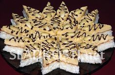 Kokosové řezy s karamelem Rum, Food, Anna, Wafer Cookies, Bakken, Essen, Meals, Rome, Yemek