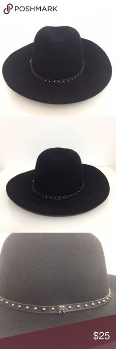 "Victoria Secret Fedora Hat The perfect hat for Spring and future adventures!  Then circumstance of the fit is 22"" . Victoria's Secret Accessories Hats"
