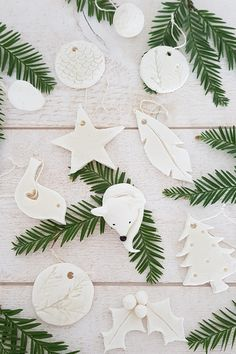 Christmas Card Crafts, Christmas Time, Christmas Decorations, Xmas, Deco Noel Nature, Driving Home For Christmas, Christmas Wonderland, Diy Weihnachten, Clay Crafts