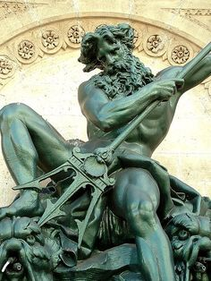 It is common for sailors crossing the Equator for the first time to be initiated into the 'Kingdom of Neptune'. But why is Neptune the sea god so important? Greek God Sculptures, Ancient Greek Sculpture, Ancient Art, Greek Mythology Tattoos, Greek And Roman Mythology, Greek Gods, Poseidon Statue, Tattoo Sleeves, Paintings