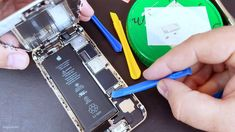 iPhone 6 battery replacement Computer Diy, Screwdriver Set, Apple Iphone 6, Diy Kits, Computers, Life Hacks, Diy Projects, Make It Yourself, Lifehacks