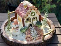 Credit: FARMcurious Credit: FARMcuriousThis holiday season, licorice light posts and gumdrop garages have gone out of fashion, and they are being replaced with prosciutto paths and salami stairs. Gingerbread houses long signified the season, with their sugary siding and colorful constructions. But this year, those with less of a sweet tooth can have their own edible abode with the latest social media trend: charcuterie chalets. Yes, you heard that right! The cute little cabins get built out of c Gingerbread House Designs, Christmas Gingerbread House, Christmas Crafts, Gingerbread Houses, Christmas Decorations, Christmas Ham, Christmas Foods, Christmas Sweets, Christmas Things