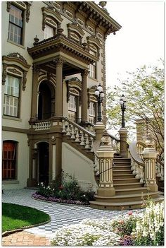 Staircase Entrance at the Leland Stanford Mansion, Sacramento, California Melinda Applegate Victorian Architecture, Beautiful Architecture, Beautiful Buildings, Architecture Details, Beautiful Homes, House Architecture, Mansion Homes, Kb Homes, Second Empire