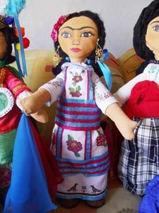 Mexico's Frida Kahlo in Oaxaca Handicrafts : Mexico Culture & Arts