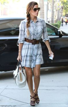 Styling the Petite Rectangular Body Shape. Just a little bit of flare to this casual dress accentuates her curves.