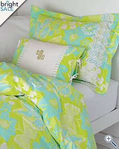 Lilly Pulitzer Bedding! Perfect for my dorm room next year!