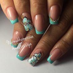 No photo description available. French Tip Nail Designs, Fall Nail Art Designs, Pretty Nail Art, Beautiful Nail Designs, Acrylic Nail Designs, Acrylic Nails, Cute Toe Nails, Fancy Nails, Rose Gold Nails