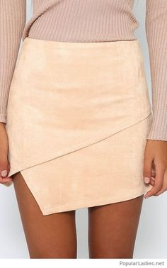 Nude Velvet Skirt Women's Summer Casual Street Style Fashion Outfits Beach Look Fashion, Autumn Fashion, Fashion Outfits, Womens Fashion, Fashion Trends, Latest Fashion, Street Fashion, Outfit Des Tages, Velvet Skirt