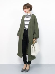 30 hottest winter outfits cold ideas to wear right now Workwear Fashion, Fashion Moda, Cute Fashion, Fashion Outfits, Womens Fashion, Japanese Outfits, Japanese Fashion, Asian Fashion, Simplicity Fashion