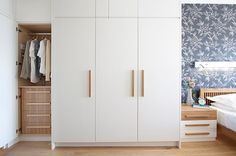 Built In Wardrobe Design Ideas, Pictures, Remodel, and Decor Bedroom Cupboard Designs, Bedroom Cupboards, Design Bedroom, Wardrobe Door Handles, Built In Wardrobe Doors, Wooden Wardrobe, Wardrobe Storage, White Closet, White Wardrobe