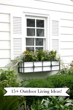 Beautiful backyard garden tours and Summer party ideas - click through for inspiration for your own outdoor space!