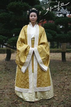 Ja Myung Go(Hangul:자명고;RR:Jamyeonggo; also known asPrincess Jamyung) is a 2009 South Korean television series starringJung Ryeo-won,Park Min-youngandJung Kyung-ho. It aired onSBS for 39 episodes. It is based on the Korean folk talePrince Hodong and the Princess of Nakrang, which touches the story of the failed Nakrang Kingdom.