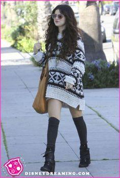 Selena Gomez[セレーナ・ゴメス]の私服がオシャレで可愛すぎる♥ - page3 | まとめアットウィキ - スマートフォン