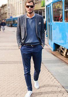 グレージャケット×ピンクシャツ×ジーンズの着こなし(メンズ) | Italy Web