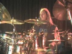 Danny Carey - Solo (The Downtown, Farmingdale NY)    Awesome drummer!!!