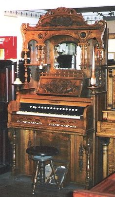 Crown High Back Victorian Parlor Organ | The Antique Piano Shop