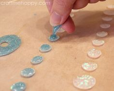 How to make jewelry. Freeform Resin Beads And Pendants - Step 14