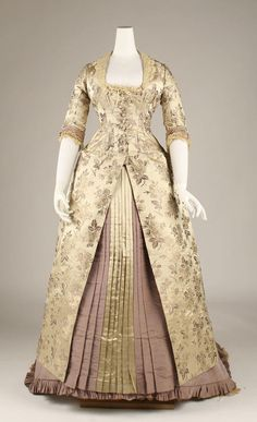 fabulous 1870s dress - champagne and dusty lavender.... just lovely