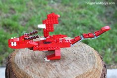How to Build a LEGO Hookfang from How to Train Your Dragon