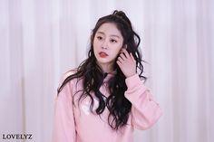 #Lovelyz #Jisoo #Jiddu #SeoJisoo #SeoJiddu #photo #picture #러블리즈 #지수 #지뚜 #서지수 #서지뚜 #포터 #사진 Seo Jisoo, Woollim Entertainment, Ruffle Blouse, Lovelyz, Tops, Women, Fashion, Moda, Fashion Styles