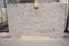 River White granite (Levantina Atlanta)
