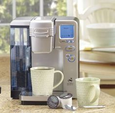 For that first cup of coffee in the morning, the Cuisinart Single Serve Brewing System and Keurig K-Cups are perfect to get you going. Coffee Machine Best, Coffee Maker Machine, Best Coffee, Single Cup Coffee Maker, Drip Coffee Maker, Coffee Brewer, Coffee Cups, K Cup Flavors, Maker Labs
