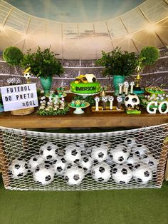 Fútbol CelebrationYou can find Soccer party and more on our website. Soccer Birthday Parties, Football Birthday, Sports Birthday, Soccer Party, Sports Party, Birthday Party Themes, Barcelona Party, Soccer Banquet, Deco Table