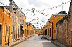 Izamal: The Yellow City : Ycatan, Mexico