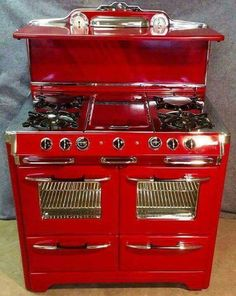 New kitchen remodel old stove 30 Ideas Antique Kitchen Stoves, Antique Stove, Kitchen Items, Kitchen Gadgets, Kitchen Decor, Alter Herd, Old Stove, Stove Oven, Vintage Stoves