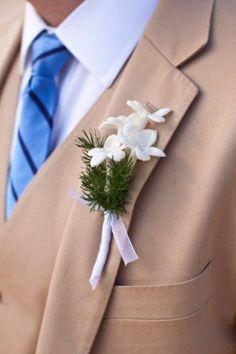 White Wedding Flower Boutonniere