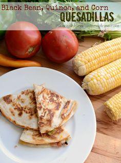Black Bean, Quinoa and Corn Quesadillas - YUM!! { lilluna.com } #quesadillas