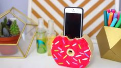 Easy-To-Do Donut Phone Charger Holder  1