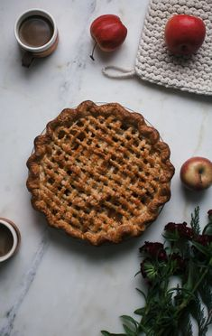 Chocolate Whipped Cream, Summer Desserts, Cream Cake, Caramel Apples, Apple Pie, Sweet Tooth, Sweet Treats, Dessert Recipes, Food And Drink