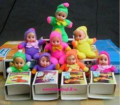 Little dolls in a matchbox toys vintage 1980s Childhood, My Childhood Memories, Sweet Memories, 70s Toys, Retro Toys, Baby Mobile, 80s Kids, Dolly Parton, Vintage Dolls