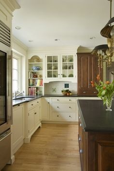 Kitchen Renovation Photo Gallery by Heartwood Kitchen Cabinetry in Danvers, MA Dr Kitchen, Rustic Kitchen, Kitchen Ideas, Small White Kitchens, Glass Cabinet Doors, Glass Cabinets, Diy Bathroom Decor, Kitchen Cabinetry, Traditional Kitchen