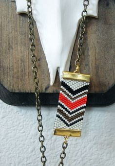 Could do this with a chevron friendship bracelet...
