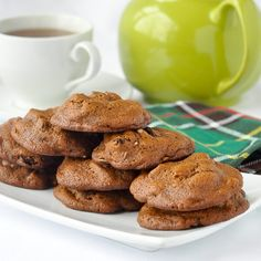 Lassy Mogs - a Newfoundland favourite; well spiced, soft cookies with a deep molasses flavour and filled with dried fruit & crunchy pecans. Rock Recipes, Desert Recipes, Sweet Recipes, Pecan Cookies, No Bake Cookies, Baking Cookies, Holiday Baking, Christmas Baking, Bakery Recipes