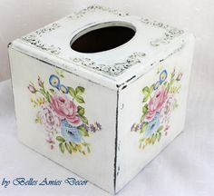 Tissue box cover, shabby chic tissue box, womens gift, birthday gift, shabby home decoration, housewarming gift, gift for mother, home decor by BellesAmiesDecor on Etsy