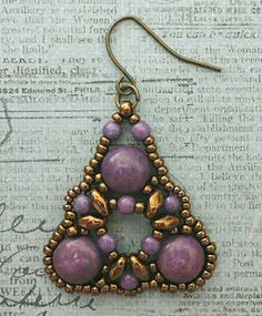 Linda's Crafty Inspirations: Playing with my beads...Dante Earrings