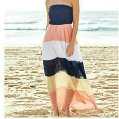 Strapless color block maxi Dress Dress has an elastic ban I personally think it would work for a small as well. Sizing according manufacturer chart Bust 25.35-33.07 Waist 25.59-31.50 Length 47.24-48.82 sunsetryleigh boutique Dresses Maxi
