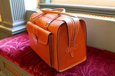Dunhill English leather bag-SR