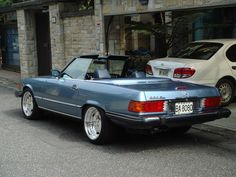 Classic Car News – Classic Car News Pics And Videos From Around The World Mercedes Slc, Mercedes Models, Mercedes Benz Cars, Bmw Classic Cars, Classic Mercedes, Old Sports Cars, Merc Benz, Mercedez Benz, Best Muscle Cars