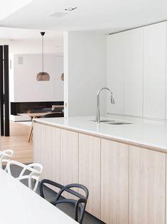 Kitchen Rules, Open Plan Kitchen, Muji Home, Minimalist Home Interior, Küchen Design, Kitchen Colors, Kitchen Styling, Interior Design Kitchen, Kitchen Furniture